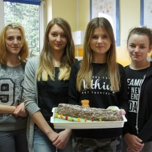 """Szkolny konkurs cukierniczy """"Świat Bajek"""" - listopad 2016"""